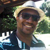 Carllos André L